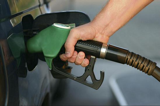 タイムズのカーシェア、ガソリン給油は無料?